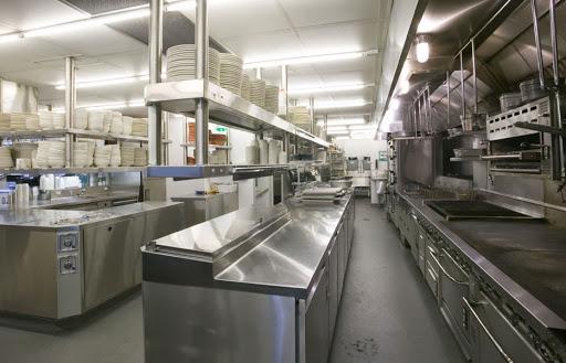 Dây chuyền bếp trong nhà hàng