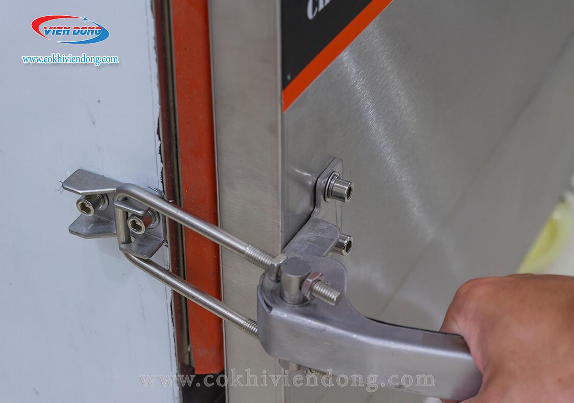 Tủ hấp công nghiệp dùng điện
