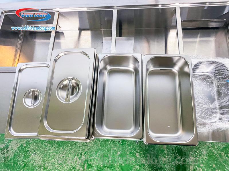 bàn lạnh salad